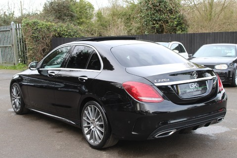 Mercedes-Benz C Class C220 D AMG LINE PREMIUM - PAN ROOF - 19 INCH ALLOYS - ONE OWNER - VAT Q 2