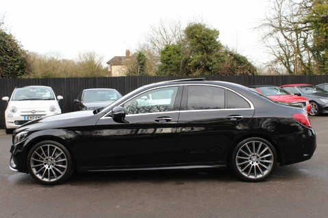 Mercedes-Benz C Class C220 D AMG LINE PREMIUM - PAN ROOF - 19 INCH ALLOYS - ONE OWNER - VAT Q 7