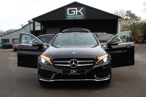 Mercedes-Benz C Class C220 D AMG LINE PREMIUM - PAN ROOF - 19 INCH ALLOYS - ONE OWNER - VAT Q 15