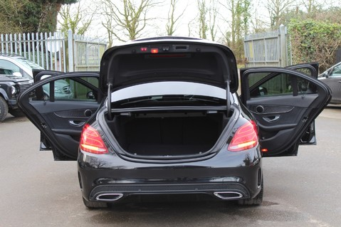 Mercedes-Benz C Class C220 D AMG LINE PREMIUM - PAN ROOF - 19 INCH ALLOYS - ONE OWNER - VAT Q 19
