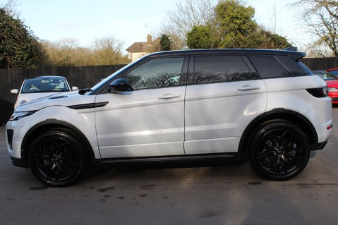 Land Rover Range Rover Evoque TD4 HSE DYNAMIC - EURO 6 - RED/BLACK LEATHER - ONE OWNER - APPLE CAR PLAY 7