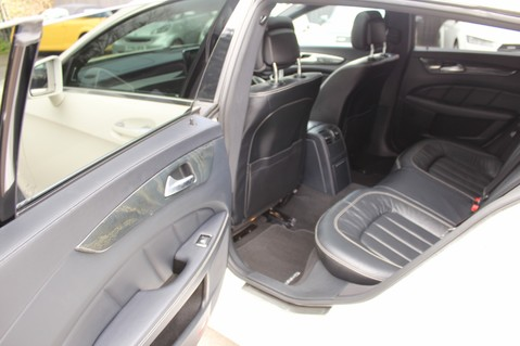 Mercedes-Benz CLS CLS350 BLUETEC AMG LINE PREMIUM PLUS - EURO 6 - SUNROOF - HARMAN KARDON 26