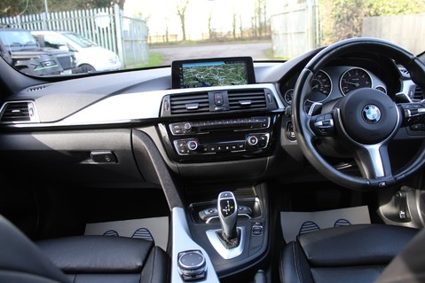 BMW 3 Series 320D M SPORT TOURING - EURO 6 - PAN ROOF - PRO SAT NAV - HARMAN KARDON 4