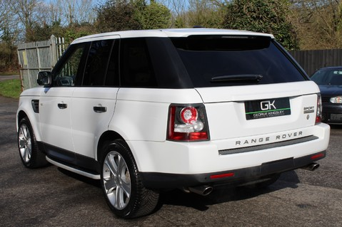 Land Rover Range Rover Sport 5.0 V8 SUPERCHARGED HSE - 360 CAMERAS - DIGITAL TV- HEATED STEERING WHEEL 2