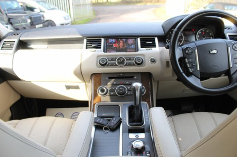 Land Rover Range Rover Sport 5.0 V8 SUPERCHARGED HSE - 360 CAMERAS - DIGITAL TV- HEATED STEERING WHEEL 12