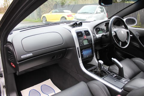 Vauxhall Monaro VXR V8 6.0 - EXCELLENT HISTORY 11