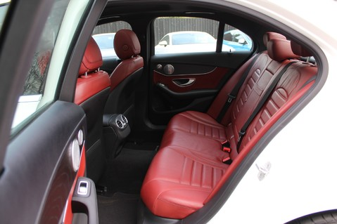 Mercedes-Benz C Class C250 D AMG LINE PREMIUM PLUS -EURO 6 -CRANBERRY RED LEATHER- 19 INCH ALLOYS 33