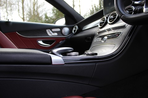 Mercedes-Benz C Class C250 D AMG LINE PREMIUM PLUS -EURO 6 -CRANBERRY RED LEATHER- 19 INCH ALLOYS 63
