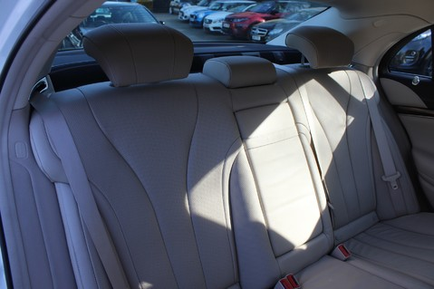 Mercedes-Benz S Class S350 BLUETEC AMG LINE - EURO 6 / ULEZ - PANORAMIC SUNROOF - DIAMOND WHITE 31
