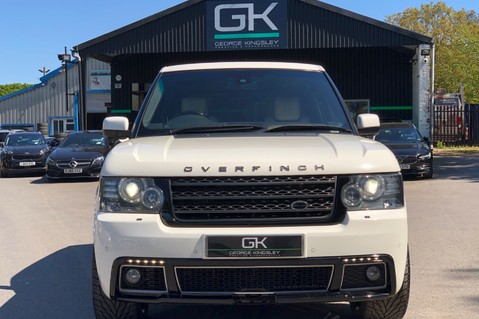 Land Rover Range Rover V8 SUPERCHARGED AUTOBIOGRAPHY OVERFINCH BODYKIT - REAR ENTERTAINMENT - TV 9