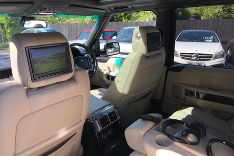 Land Rover Range Rover V8 SUPERCHARGED AUTOBIOGRAPHY OVERFINCH BODYKIT - REAR ENTERTAINMENT - TV 3