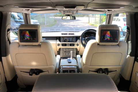 Land Rover Range Rover V8 SUPERCHARGED AUTOBIOGRAPHY OVERFINCH BODYKIT - REAR ENTERTAINMENT - TV 20