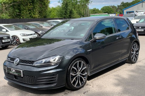 Volkswagen Golf GTD DSG 3DR -LEATHER- SATNAV- 19 INCH SANTIAGOS- APPLE CARPLAY- KEYLESS 8