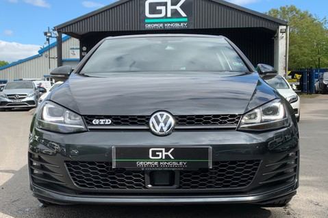 Volkswagen Golf GTD DSG 3DR -LEATHER- SATNAV- 19 INCH SANTIAGOS- APPLE CARPLAY- KEYLESS 9