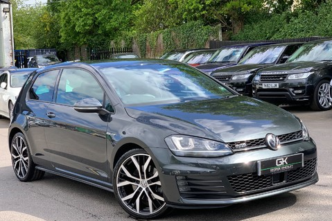 Volkswagen Golf GTD DSG 3DR -LEATHER- SATNAV- 19 INCH SANTIAGOS- APPLE CARPLAY- KEYLESS 1
