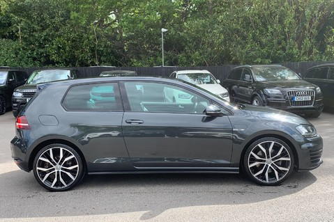 Volkswagen Golf GTD DSG 3DR -LEATHER- SATNAV- 19 INCH SANTIAGOS- APPLE CARPLAY- KEYLESS 4