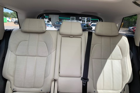 Land Rover Range Rover Sport SDV6 HSE DYNAMIC -EURO 6 -LOW TAX-PAN ROOF -FULL LAND ROVER SERVICE HISTORY 32