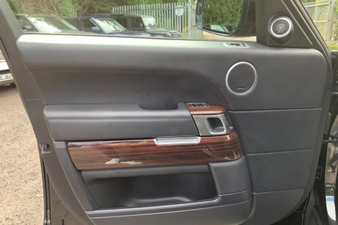 Land Rover Range Rover 4.4 SDV8 VOGUE SE - BIG SPEC -REAR ENTERTAINTMENT- ELECTRIC STEPS- 360 CAMS 25