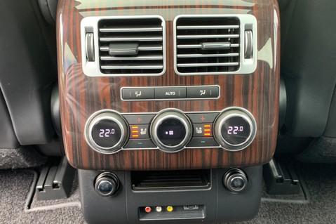 Land Rover Range Rover 4.4 SDV8 VOGUE SE - BIG SPEC -REAR ENTERTAINTMENT- ELECTRIC STEPS- 360 CAMS 30