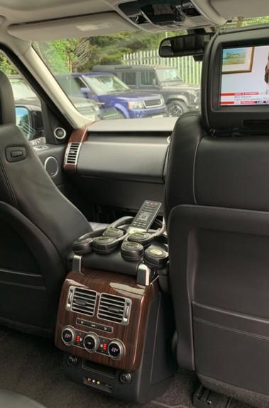 Land Rover Range Rover 4.4 SDV8 VOGUE SE - BIG SPEC -REAR ENTERTAINTMENT- ELECTRIC STEPS- 360 CAMS