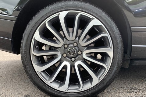 Land Rover Range Rover 4.4 SDV8 VOGUE SE - BIG SPEC -REAR ENTERTAINTMENT- ELECTRIC STEPS- 360 CAMS 80