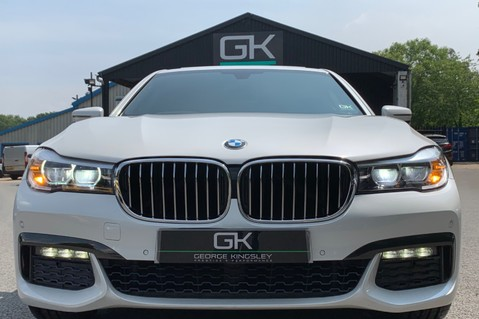 BMW 7 Series 730D XDRIVE M SPORT - SUNROOF- HARMAN KARDON- 1 OWNER - MINERAL WHITE 20