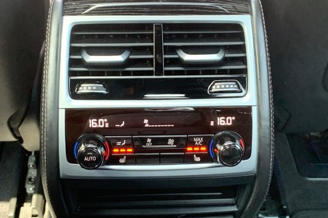BMW 7 Series 730D XDRIVE M SPORT - SUNROOF- HARMAN KARDON- 1 OWNER - MINERAL WHITE 35