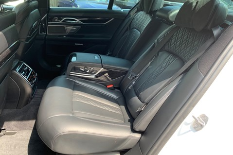 BMW 7 Series 730D XDRIVE M SPORT - SUNROOF- HARMAN KARDON- 1 OWNER - MINERAL WHITE 36