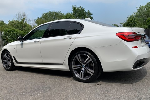 BMW 7 Series 730D XDRIVE M SPORT - SUNROOF- HARMAN KARDON- 1 OWNER - MINERAL WHITE 88
