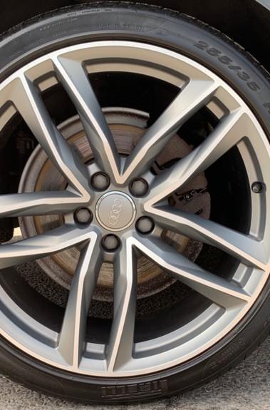 Audi A6 AVANT TDI ULTRA BLACK EDITION - ULEZ READY - EURO 6 - ONE OWNER