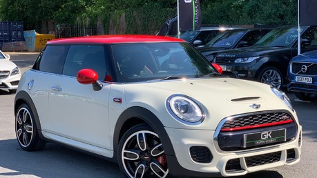 Mini Hatch JOHN COOPER WORKS - MEDIA XL - 18 INCH ALLOYS - HARMAN KARDON - 6K EXTRAS Video