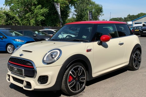 Mini Hatch JOHN COOPER WORKS - MEDIA XL - 18 INCH ALLOYS - HARMAN KARDON - 6K EXTRAS 8