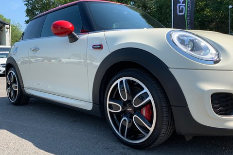 Mini Hatch JOHN COOPER WORKS - MEDIA XL - 18 INCH ALLOYS - HARMAN KARDON - 6K EXTRAS 20