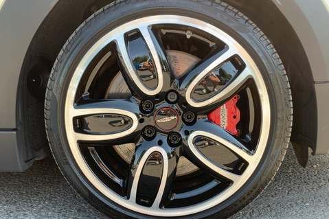 Mini Hatch JOHN COOPER WORKS - MEDIA XL - 18 INCH ALLOYS - HARMAN KARDON - 6K EXTRAS 66