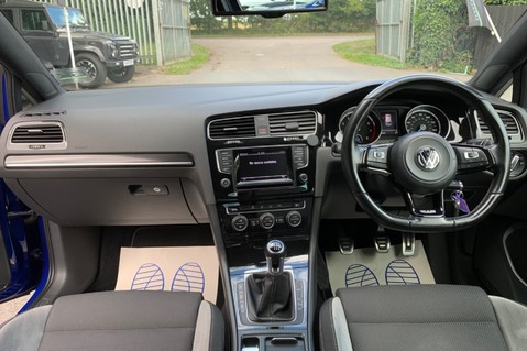 Volkswagen Golf R TSi - RARE MANUAL 3 DOOR - CARBON SPOILER - LOW MILEAGE - LAPIZ BLUE 10
