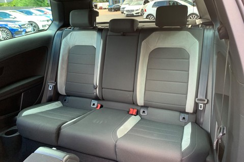 Volkswagen Golf R TSi - RARE MANUAL 3 DOOR - CARBON SPOILER - LOW MILEAGE - LAPIZ BLUE 29