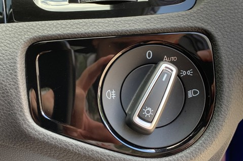 Volkswagen Golf R TSi - RARE MANUAL 3 DOOR - CARBON SPOILER - LOW MILEAGE - LAPIZ BLUE 47