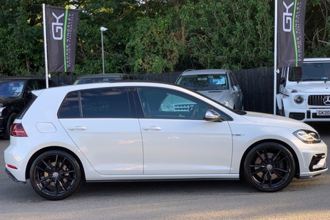 Volkswagen Golf R TSI DSG- £9K EXTRAS- CARBON NAPPA LEATHER- 1 OWNER -PRETORIAS- PAN ROOF 10