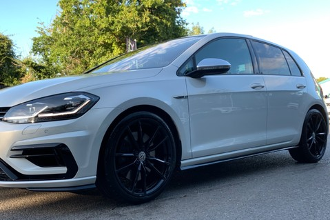 Volkswagen Golf R TSI DSG- £9K EXTRAS- CARBON NAPPA LEATHER- 1 OWNER -PRETORIAS- PAN ROOF 19