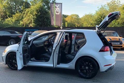 Volkswagen Golf R TSI DSG- £9K EXTRAS- CARBON NAPPA LEATHER- 1 OWNER -PRETORIAS- PAN ROOF 23