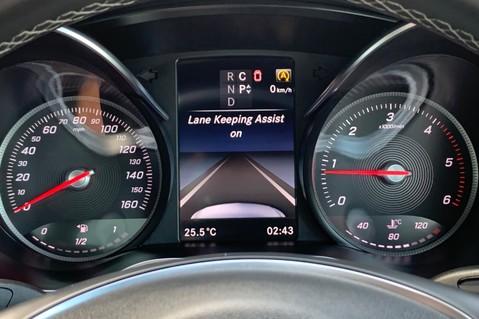 Mercedes-Benz V Class V 250 D AMG LINE LONG - PAN ROOF -LANE ASSIST -7 SEATER- 360 CAMERAS -VATQ 68