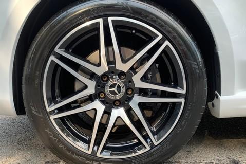 Mercedes-Benz V Class V 250 D AMG LINE LONG - PAN ROOF -LANE ASSIST -7 SEATER- 360 CAMERAS -VATQ 82