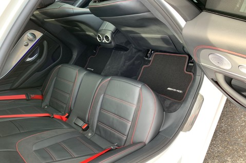 Mercedes-Benz E Class AMG E 43 4MATIC PREMIUM PLUS - WIDESCREEN COCKPIT - 20 INCH ALLOYS -1 OWNER 38