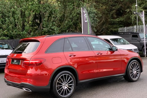 Mercedes-Benz GLC GLC 350 D 4MATIC AMG LINE PREMIUM -NIGHT PACKAGE -RARE DESIGNO HYACINTH RED 5