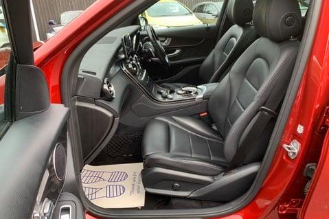 Mercedes-Benz GLC GLC 350 D 4MATIC AMG LINE PREMIUM -NIGHT PACKAGE -RARE DESIGNO HYACINTH RED 3