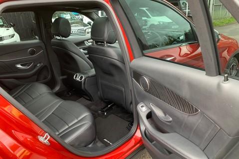 Mercedes-Benz GLC GLC 350 D 4MATIC AMG LINE PREMIUM -NIGHT PACKAGE -RARE DESIGNO HYACINTH RED 32