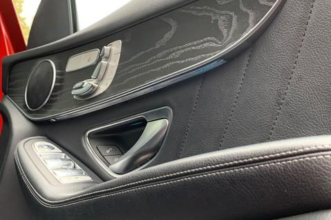 Mercedes-Benz GLC GLC 350 D 4MATIC AMG LINE PREMIUM -NIGHT PACKAGE -RARE DESIGNO HYACINTH RED 37