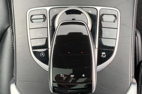 Mercedes-Benz GLC GLC 350 D 4MATIC AMG LINE PREMIUM -NIGHT PACKAGE -RARE DESIGNO HYACINTH RED 50