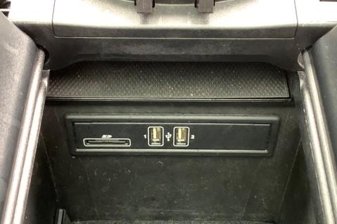 Mercedes-Benz GLC GLC 350 D 4MATIC AMG LINE PREMIUM -NIGHT PACKAGE -RARE DESIGNO HYACINTH RED 52