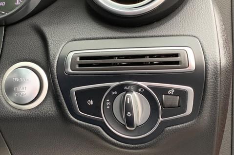 Mercedes-Benz GLC GLC 350 D 4MATIC AMG LINE PREMIUM -NIGHT PACKAGE -RARE DESIGNO HYACINTH RED 53